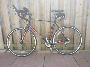 2012 Giant Defy 2 Road Bike + Accessories