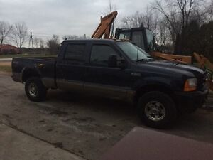 PARTING OUT!!  2001 F250 4x4 Lariat Diesel