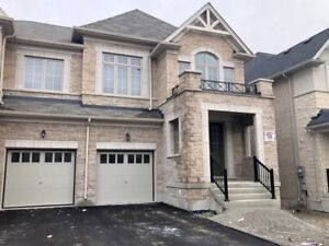 4 BR House for rent in Holland Landing ( East Gwillimbury)