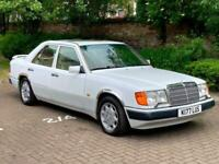 1992 MERCEDES-BENZ 300E 3.0 AUTO, GENUNIE COLLECTOR CLASSIC CAR