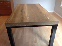 Quartz table from Finesse