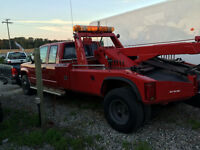 Tow unit 4x4 GMC 3500HD 4X4 .