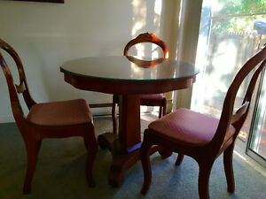 Antique Mahogony Table
