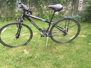 Vélo hybride/ hybrid bicycle