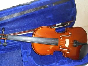 4/4 Menzel Violin / Fiddle