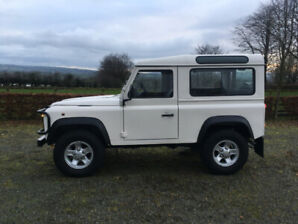 Land Rover Defender 90 LHD - Amazing Condition comes safetied