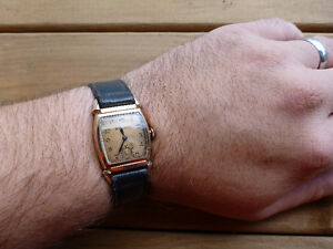 Vintage 1940s Bulova Mechanical Watch London Ontario image 6