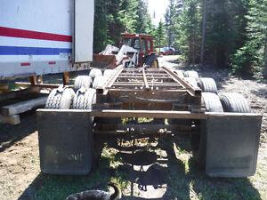 Tridem axle trailer boggy