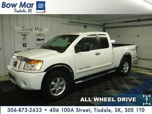 2012 Nissan Titan-*4WD*TOW HITCH*CERTIFIED*PST PAID*