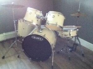 Mapex drum kit.