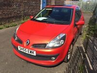 55 plate Renault Clio 1.4 petrol, pan roof orange 3 door ***long mot***