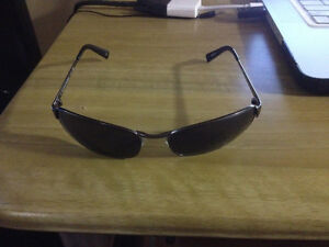 Banana Republic Original Sunglasses, Very Nice Look! New!!