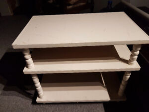 Tv/stereo table