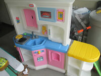 Little Tykes Play Kitchen With Sounds