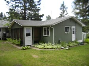 Clear Lake CABIN FOR RENT Wasagaming Riding Mountain National Pa
