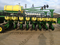 John Deere DB44  24 row 22 inch planter