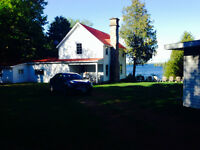 Waterfront cottage for rent - Big Rideau lake - sleeps 12