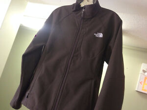 WOMANS BROWN NORTH FACE JACKET