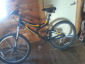 Full suspension giant warp ds3 with upgrades 80$