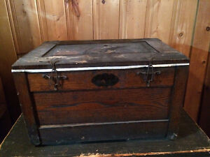 Antique Fireless Cooker - could be used as a Coffee Table
