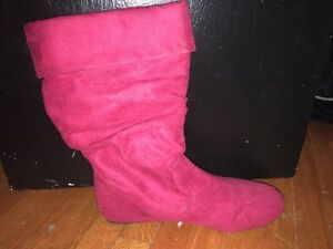Red suede boots size 7.5 Kitchener / Waterloo Kitchener Area image 1