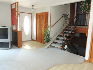 Gravelbourg House For Sale,  NEW  PRICE !!! Moose Jaw Regina Area image 5