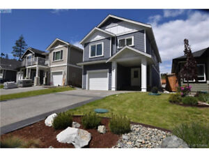 Magnificent SOOKE home