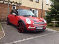 Mini Cooper 1.6 51 plate immaculate condition