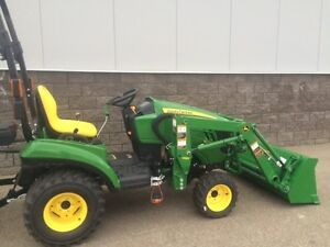 REDUCED BY $4,400! John Deere 1023E Tractor  Loader