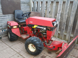 """Steiner S20 4x4 articulating tractor with snow blade & 60"""" mower"""