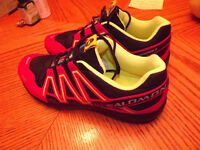 SOULIER SPEED CROSS 3 SALOMON SIZE 9.5 US..30$