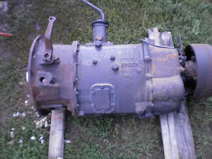 transmission international 5 ton ES52-7A  in bancroft Kawartha Lakes Peterborough Area image 2