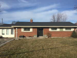 GREAT HOUSE FOR BROCK STUDENTS - SUMMER RATES