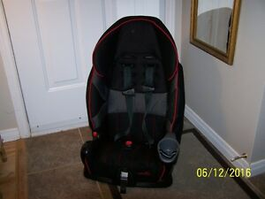 EvenFlo Car Baby Seat , black/red