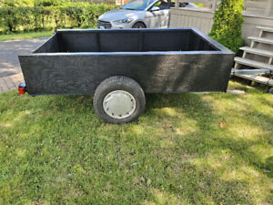 Selling 4x8 ft Utility Trailer
