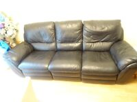 Black leather recliner Three setter