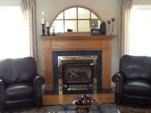 Gas Fireplace and Mantle