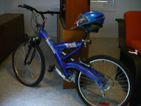 Mountain /Road Bike  brand new w/ helmet (still in pkg)