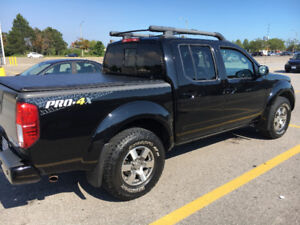 2015 Nissan Frontier 4WD Crew Cab PRO-4X Pickup Truck