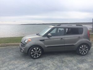 2013 Fully Loaded Kia Soul 4U