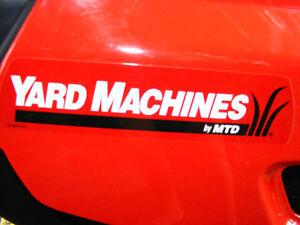 14 HP MTD YARD MACHINE LAWNMOWER EXCELLENT CONDITION Cambridge Kitchener Area image 4