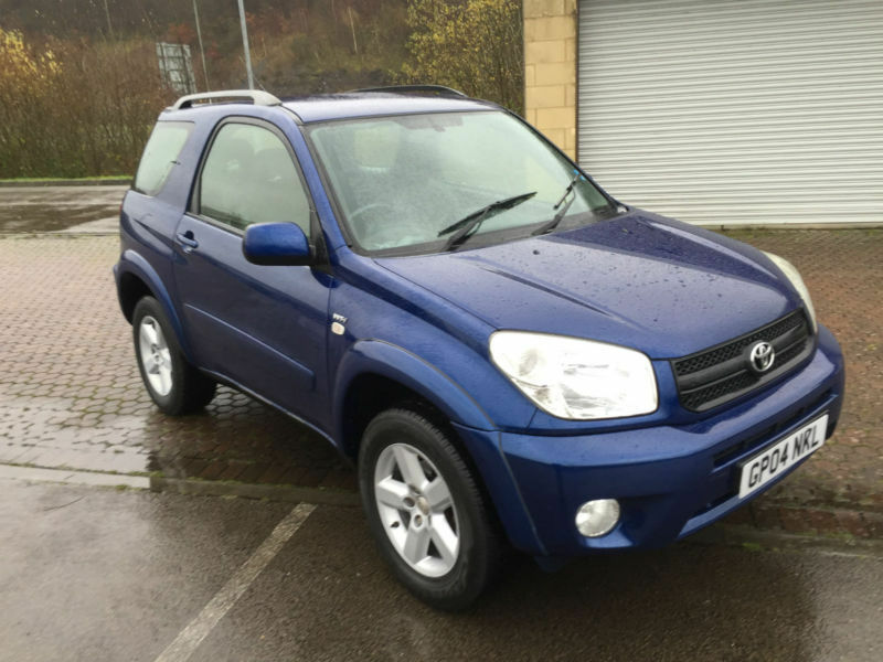 2004 toyota rav4 2 0 vvt i xt3 4x4 3 door metallic blue. Black Bedroom Furniture Sets. Home Design Ideas