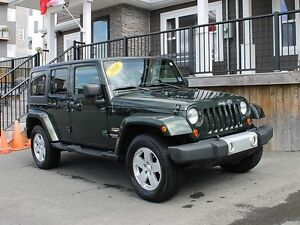 2011 Jeep Wrangler Unlimited / 4x4 / Automatic