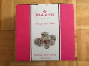 Royal Albert England - Country Rose Chintz - Rose mugs - New!
