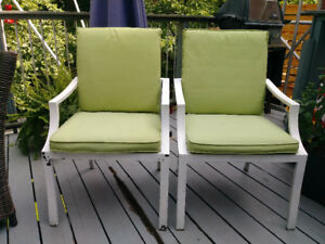 2 patio chairs with cushions - Free!