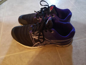 Reebok Women's CrossFit Running Shoes - Size 6