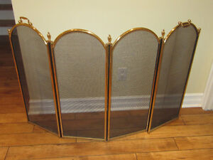 Gorgeous Classic 4 panels fireplace screen West Island Greater Montréal image 1