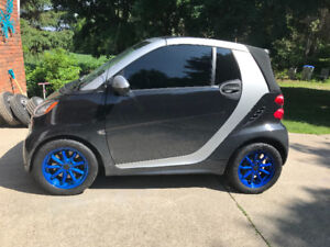 2013 Convertible Smart Fortwo With Cruise Control!!!