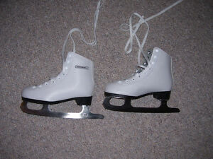 Girls' Ice Skates, size 13 London Ontario image 2