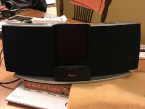 Klipsch iGroove SXT 30-Pin iPod/iPhone Speaker Dock